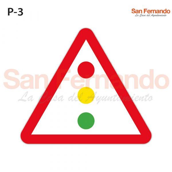 senalizacion vertical semaforo. Triangulo
