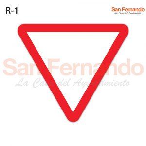 senal triangulo ceda paso