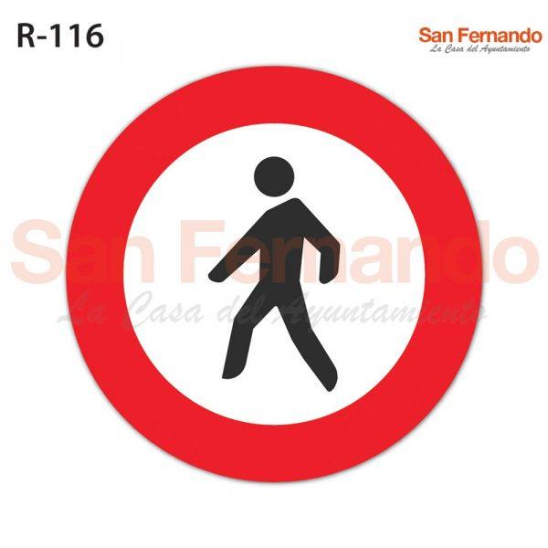 senalizacion vertical, prohibicion acceso peatones