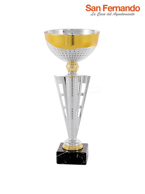 Copa piramide plata